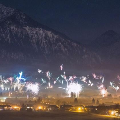 Weihnachts-Silvester-Festprogramm