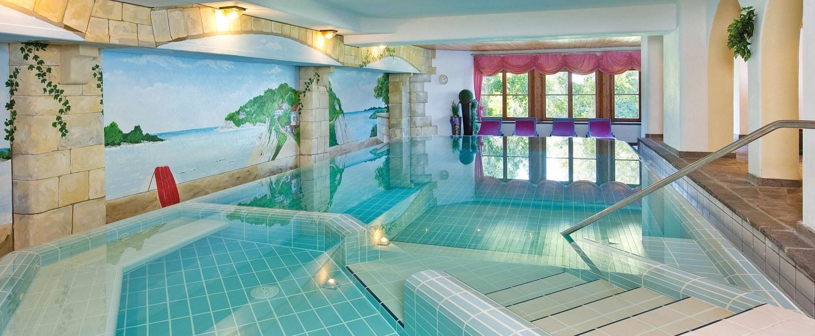 Schwimmbad für Ihren Wellnessurlaub in Oberstdorf